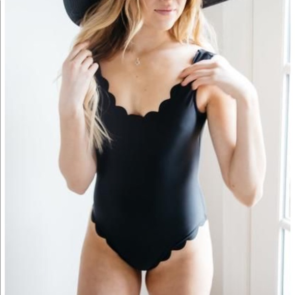 the stockplace Other - The stockplace Black scalloped swimsuit sz large